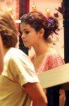 Selena fait les magasins